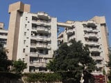 Photo 3BHK+6T (2,400 sq ft) Apartment in Sector 10...